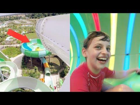 VLOG • Glisse DINGUE au Parc Aquatique O'Gliss Park - Studio Bubble Tea water park