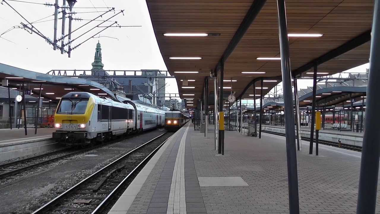 Circulation de train dans luxembourg la gare centrale for Garage de la gare bretigny