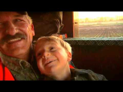 Hunting whitetail deer with Friends and Family PTAH_1112