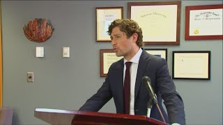 Minneapolis Mayor Jacob Frey calls for charges in George Floyd death