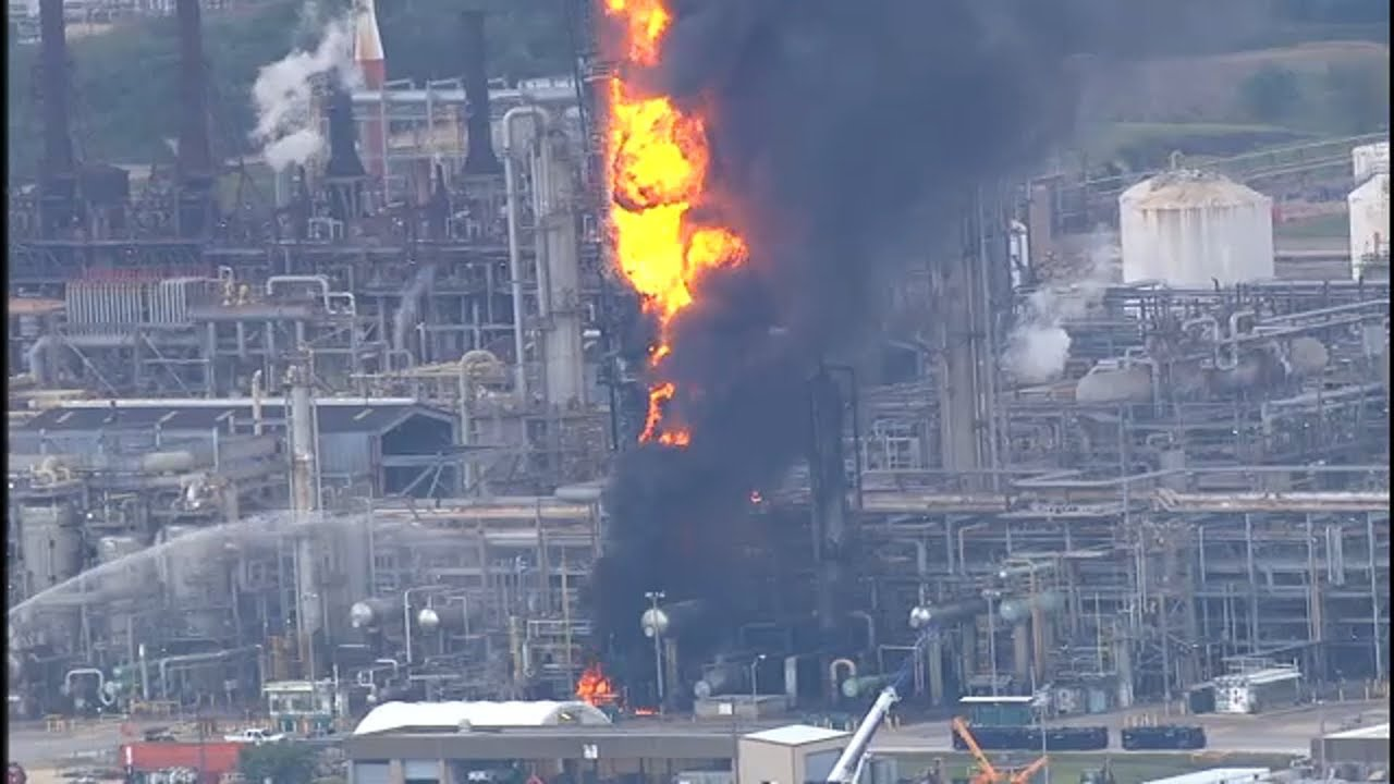 BREAKING: ExxonMobil facility fire in Baytown - YouTube