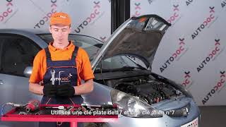 Regardez le vidéo manuel sur la façon de remplacer OPEL VIVARO Combi Filtre à Air