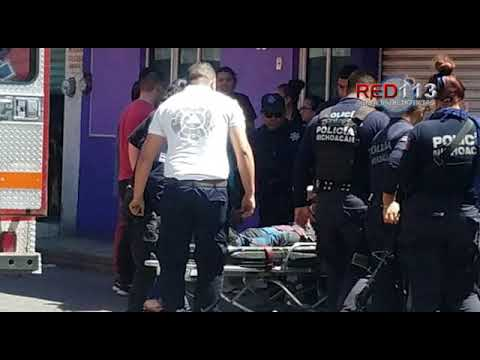 VIDEO Motociclista queda malherido al ser atacado a balazos