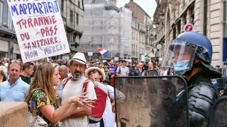 French police clash with Covid 'health pass' protesters in Paris • FRANCE 24 English