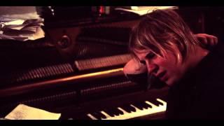 Смотреть клип Tom Odell - Long Way Down | Live