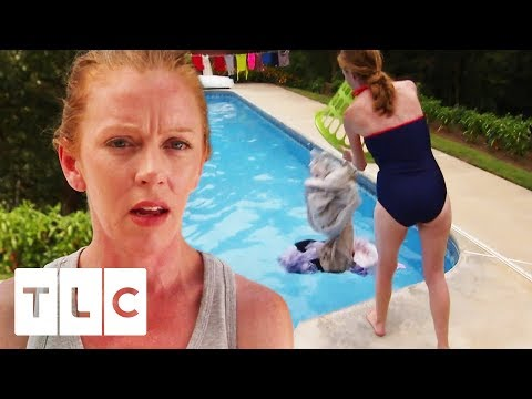 Mum Makes Family Wash Clothes In Their Swimming Pool! | Extreme Cheapskates