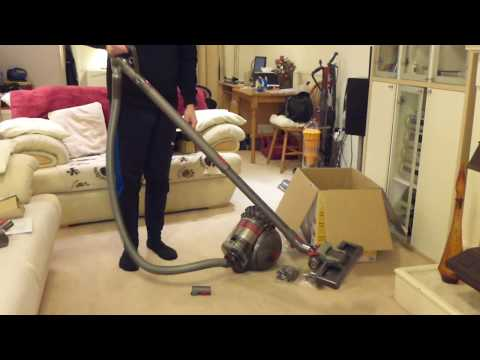Unboxing / First Look: Dyson Big Ball Animal Cylinder (2017) (UK) bagless vacuum cleaner