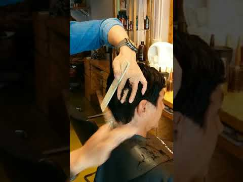 short pixie cut on curly hair by Johnny Lim - jthecut
