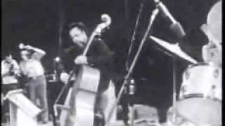 Charles Mingus - Flowers For A Lady (1974)
