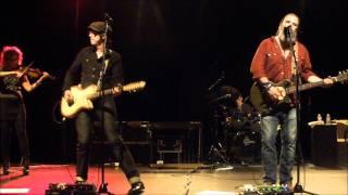 STEVE EARLE & THE DUKES & DUCHESSES - The Revolution Starts Now