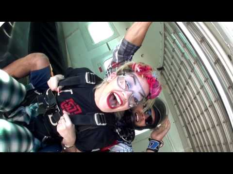 RITA ORA AT SKYDIVE DUBAI
