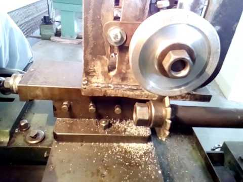 gear cutting attachment on centre lathe machine