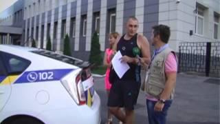 Авто ЧП. В Киеве камера наблюдения зафиксировала столкновение двух легковушек.