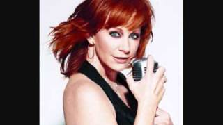 Watch Reba McEntire It Just Has To Be This Way video