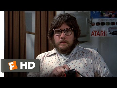 Cloak & Dagger (4/10) Movie CLIP - Morris Gets Shot (1984) HD
