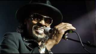 Chuck Brown and the Soul Searchers - Bustin