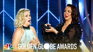Maya Rudolph Proposes To Amy Poehler   2019 Golden Globes (highlight)