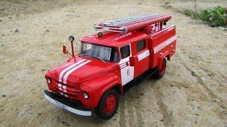Масштабна модель вантажівки Зіл-130 АЦ-30 Лелека в масштабі 1:43