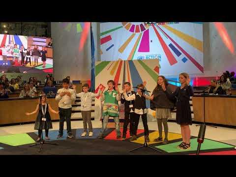 Антон Вакуленко & Co поднял зал на Всемирном фестивале.