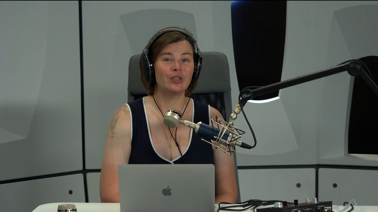 Watch Jami struggle to update Station 204