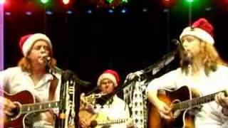 Shaw/Blades-Merry Little Christmas- in Tunica