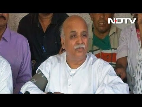 Police planning to kill me in an encounter: Pravin Togadia