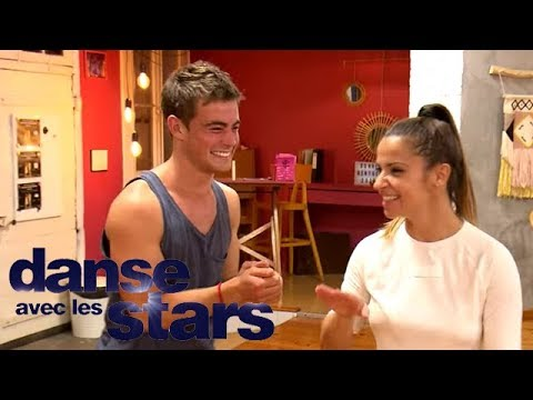 """Répétitions : Clément Rémiens apprend à """"kicker"""" avec Denitsa"""