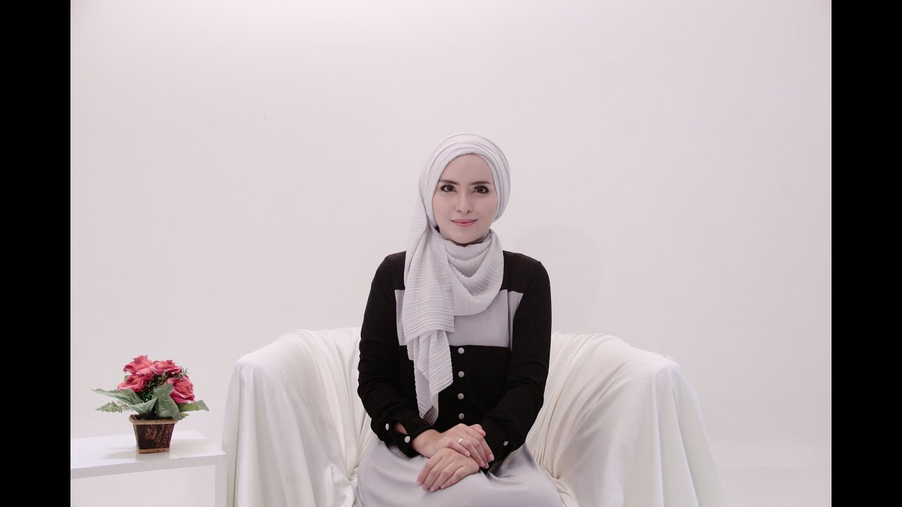 Hijab Tutorial 64 Plisket Shawl By Zahratul Jannah YouTube