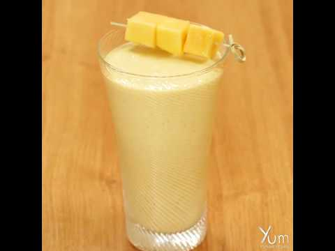 Mango-Mandarin Smoothie with Turmeric