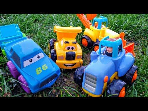 Детские мультики про машинки. Синий трактор и его друзья грязные, они едут и весело моются на мойке.