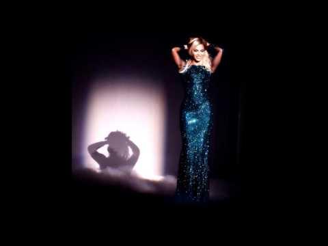 Beyonce - Xo (Instrumental) (Brit Awards)