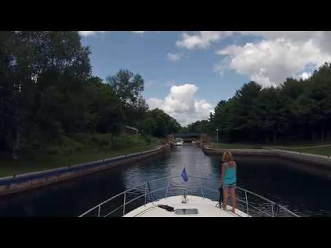 Boating Through Couchiching Lock - Sit Back Sunday GoPro Cruise