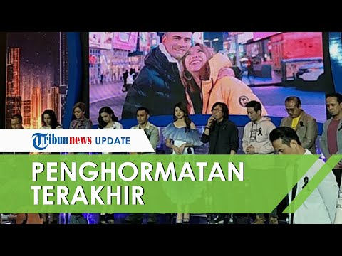 Penghormatan Terakhir Keluarga Indonesian Idol X untuk Ashraf Sinclair Semua Pakai Pita Hitam