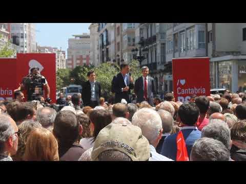 El secretario general del PSOE, Pedro Sánchez, durante el acto en Santander