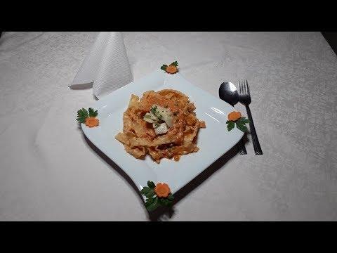 Mafaldine Pasta in Tomato quark sauce / Mafaldine Pasta in Tomaten Quark Sauce
