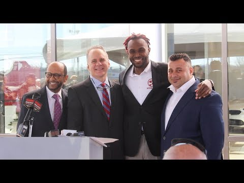 julio jones takes ownership in two tuscaloosa car dealerships youtube. Black Bedroom Furniture Sets. Home Design Ideas