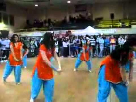 Gc University Faisalabad girls Dance on party ( GCUF TK)