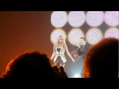Carrie Underwood & Hunter Hayes - Leave Love Alone