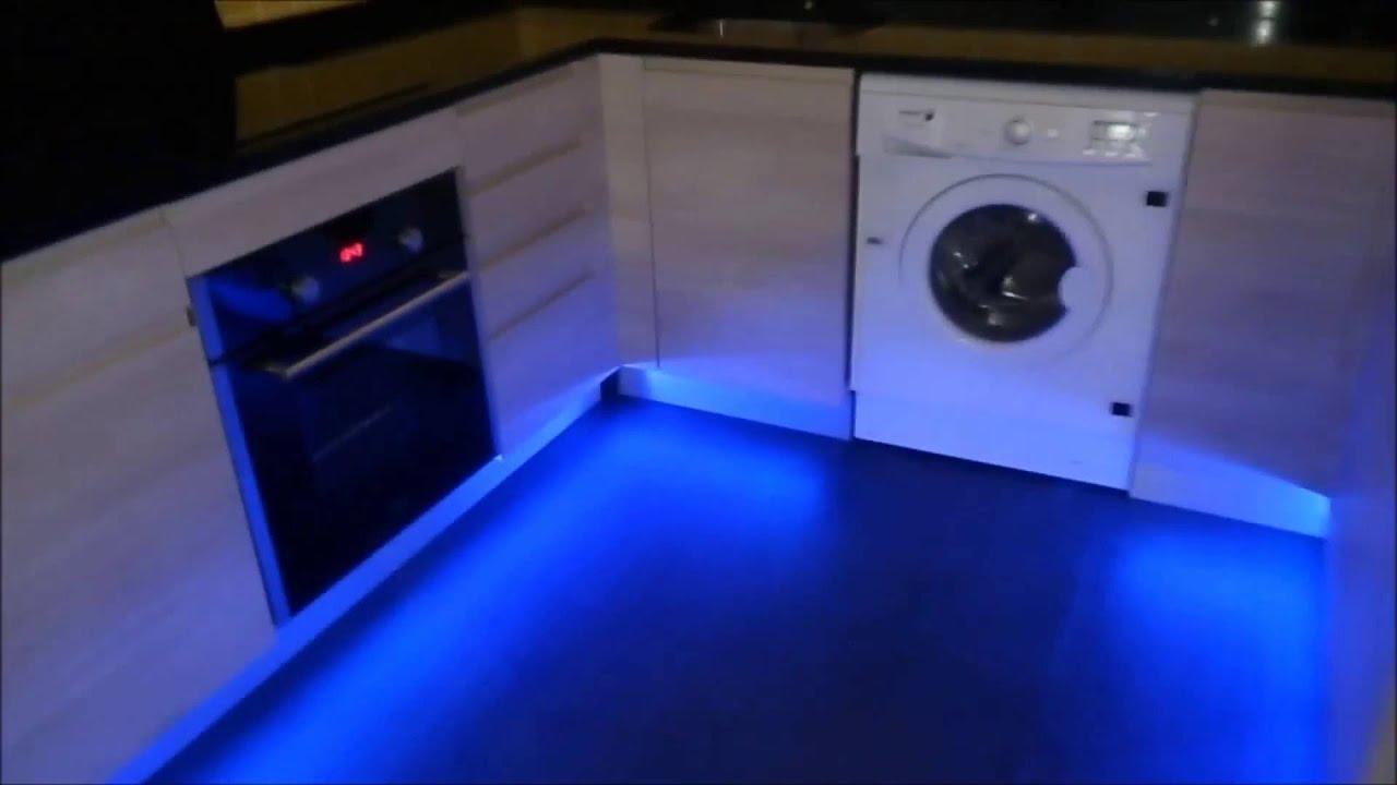 Instalaci n led en cocina instalacion mantenimiento com for Iluminacion led cocina leroy merlin