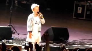 6 летний мальчик исполняет трек Моя игра на концерте Басты и Гуфа(, 2012-12-13T14:06:16.000Z)