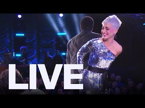 Katy Perry Tears Her Pants On 'American Idol' | ET Canada LIVE