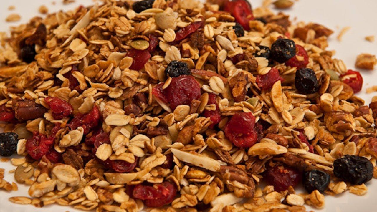 Homemade Granola Recipe - Laura Vitale - Laura in the ...