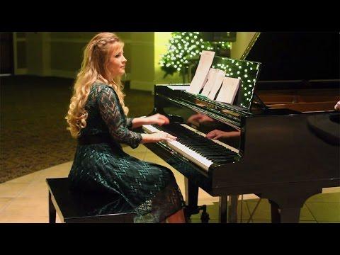 "Erin Bates Paine Performs ""God Rest Ye, Merry Gentlemen"" - Amazing!"