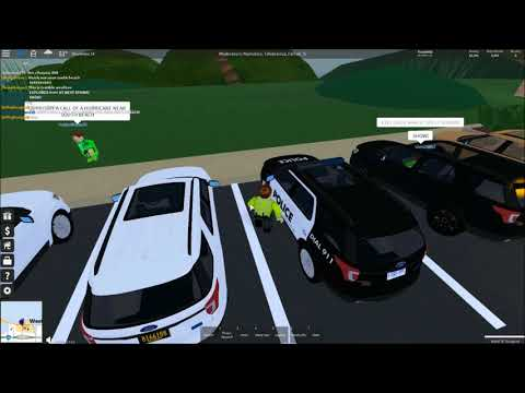 Tenzin911 plays Roblox - Ultimate Driving Westover - NEW Ford Explorer