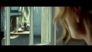 The Lucky One - Taylor Schilling Stares at Zac Efron Bluray Quality