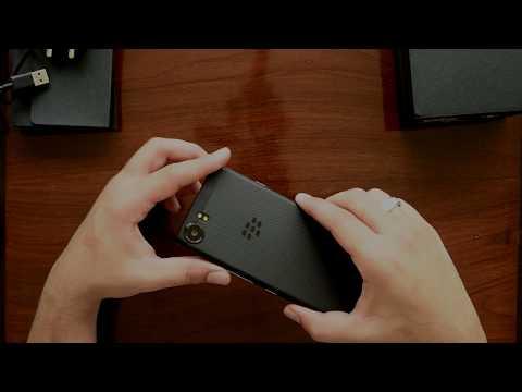 Unboxing BlackBerry KEYone Black Limited Edition - Phiên bản màu đen đặc biệt của Ấn Độ