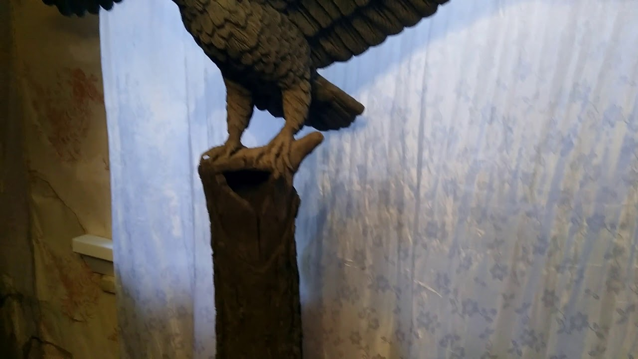 орел из бетона