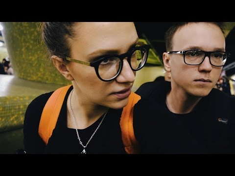Everyone Smells Like Mothballs - Hong Kong Vlog 1