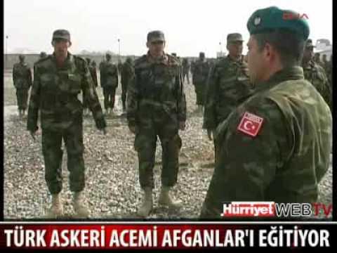 Türk Askerleri Afganistanlı Acemi Askerleri Eğitiyor