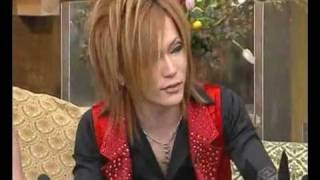 Uruha is at the U.S. embassy - Comedy(Uruha is at the U.S. embassy trying to get visa. It's kind of Russian humor / the sound is taken from Comedy club show